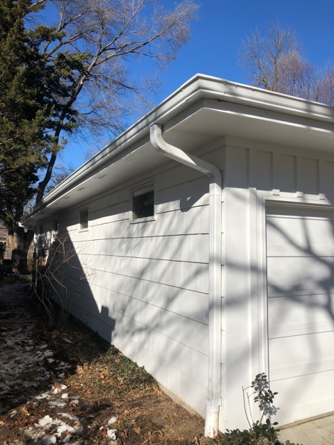 Buck Roofing-Gutters-Kansas and Missouri-Residential-Gutter Images-White Gutters