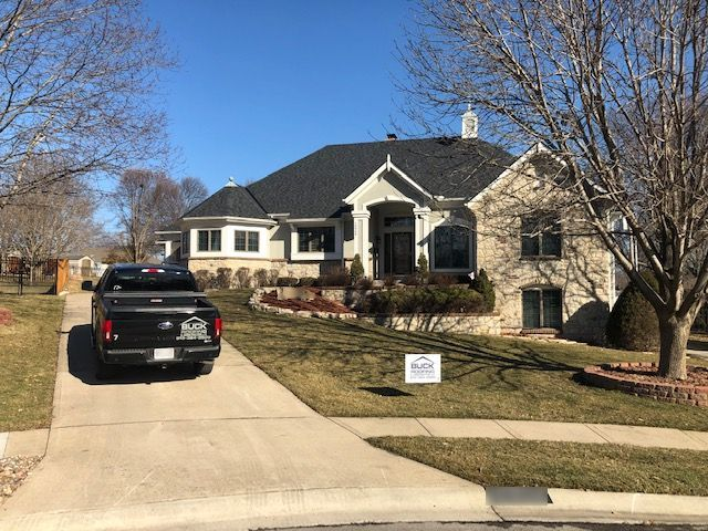KC residential roofing company - Buck Roofing Kansas and Missouri - Certainteed Landmark Premium - Moire Black
