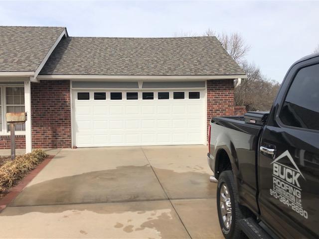 Buck Roofing - Residential Roofing Company - Kansas and Missouri - Certainteed Landmark Premium - Max Definition Weathered Wood - Cedar Crest Ridge
