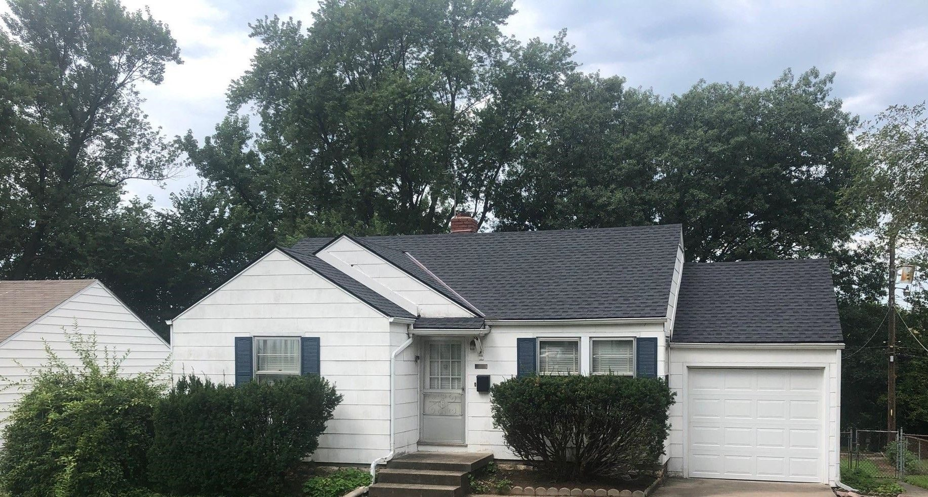 residential roofing company - buck roofing - kansas and missouri - certainteed landmark - moire black