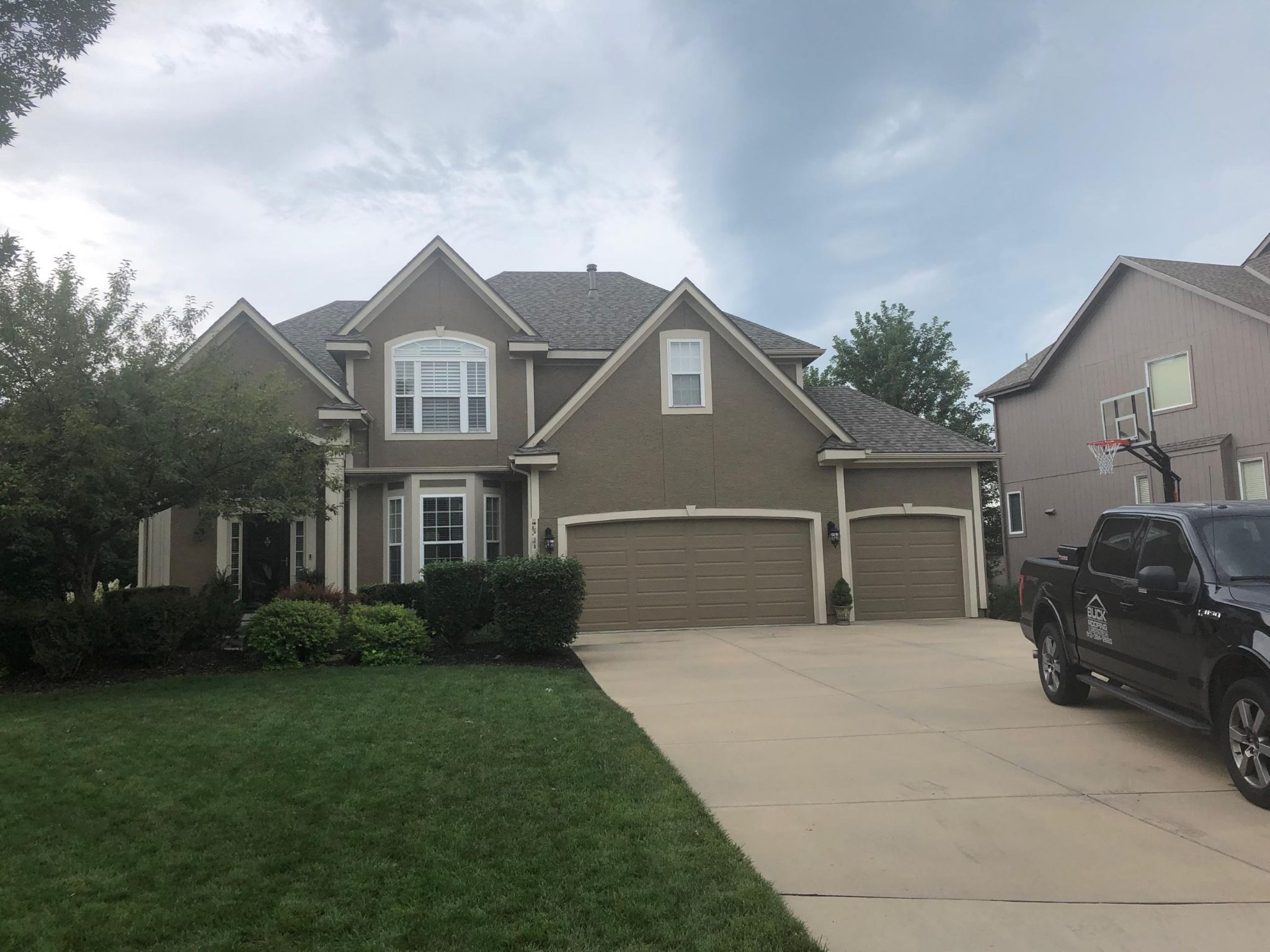 residential roofing company - buck roofing - kansas and missouri - certainteed northgate - max def weathered wood