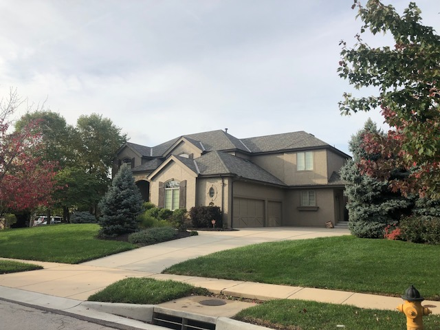 Residential Roofing Gallery - Buck Roofing - Certainteed - Grand Manor - Weathered Wood- Serving Kansas City in KS and Missouri