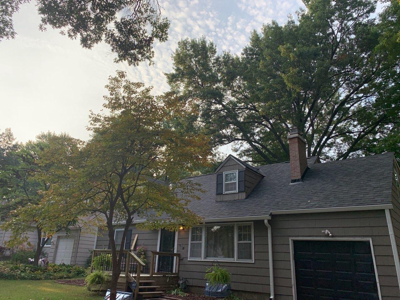 Buck Roofing - Kansas & Missouri - Residential Roofing - Malarkey Legacy - Midnight Black