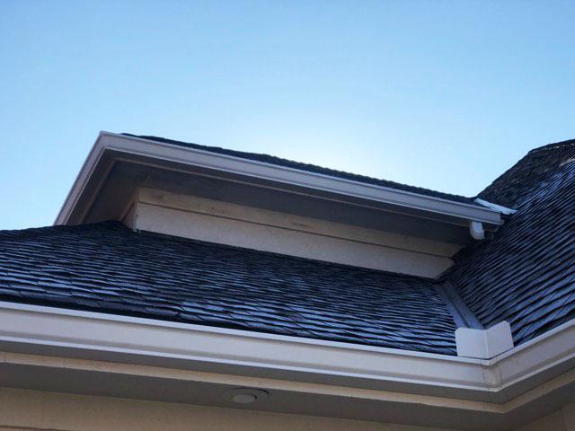 Buck Roofing-Kansas and Missouri-Residential-Gutters-Gutter Installation-Gutter Images- Gutter Pictures-White Gutters