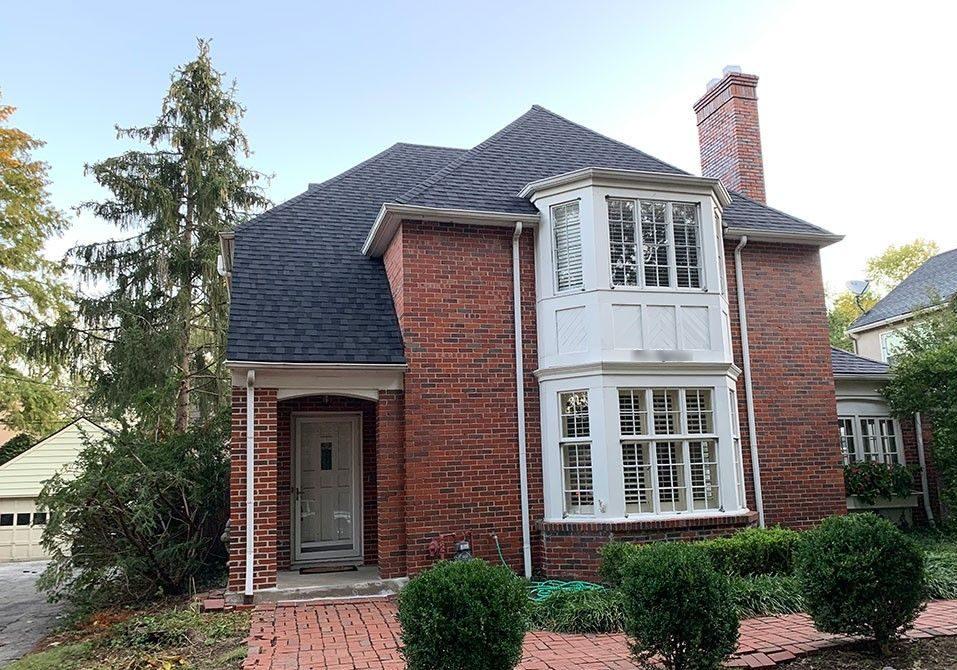 Buck Roofing - Residential Roofing - Kansas & Missouri - Certainteed Landmark Pro - Moire Black
